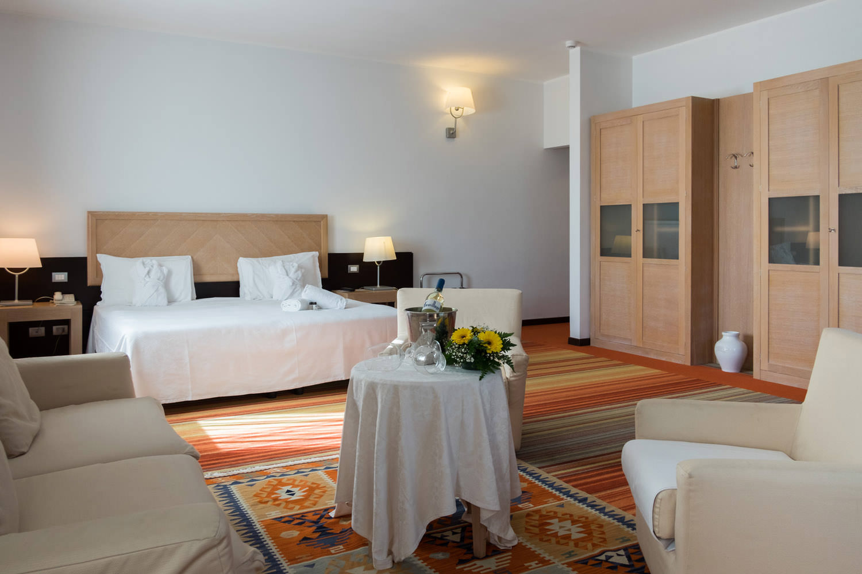 Camera Matrimoniale A Olbia.Camere Hotel Olbia Resort Geovillage